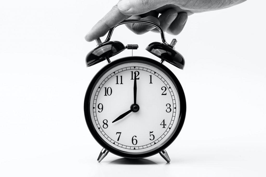 establecer una rutina y un horario de sueño